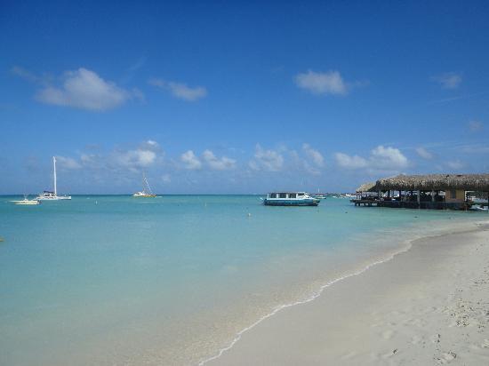 Hotel Riu Palace Aruba: arena blanca y aguas turquesas