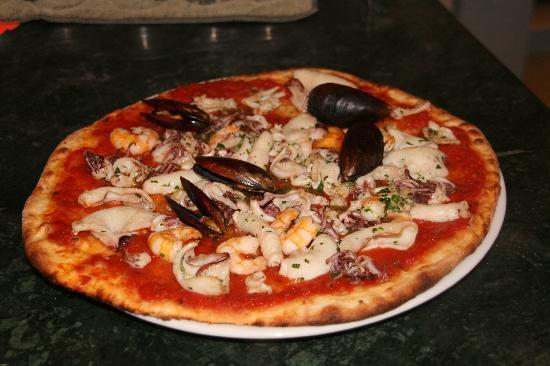 La Conchiglia : Pizza ai frutti di mare