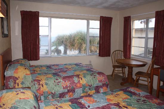 Driftwood Beach Motel: My Room