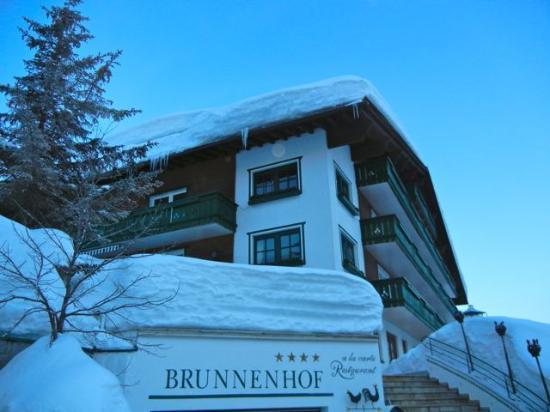 Brunnenhof Hotel: The Entrance of Brunnenhof