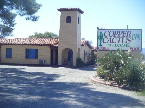 Copper Cactus Inn: Entrance