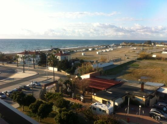 BQ Andalucia Beach Hotel : looking southwest from balcony 501