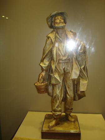Museo della Cartapesta: Figur aus Pappmaché