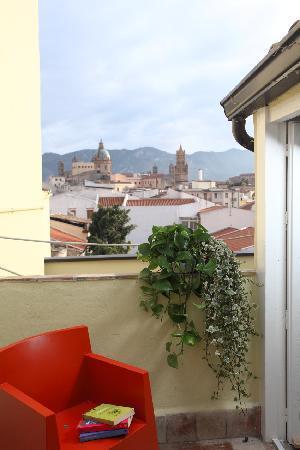 B&B Sant'Agostino : splendida vista di cattedrale e palazzo reale