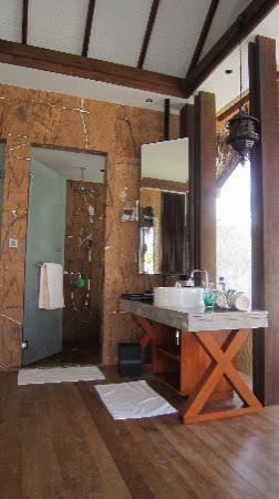 Jumeirah Vittaveli: Bathroom 2