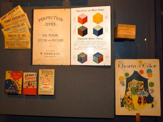 American Textile History Museum - pigments