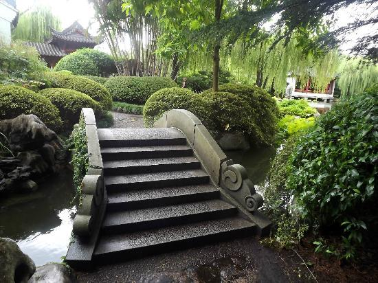 Ornamental stone bridge - Picture of Chinese Garden of Friendship ...