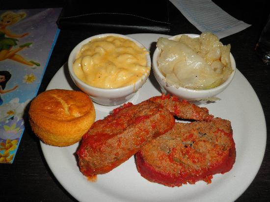Mama Lee's Soul Food: Mama Lee's