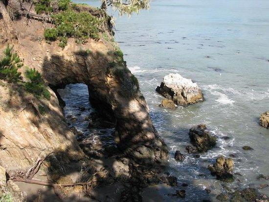 San Simeon, Californien: rock arch