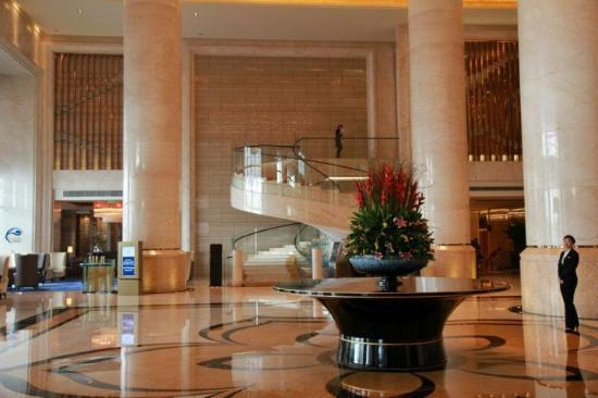 ฮิลตันกวางโจว์ไบยันโฮเต็ล: lobby