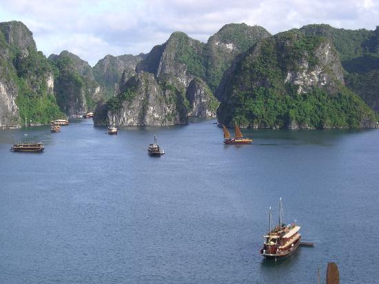 Nha Trang, Vietnam : EASY RIDER