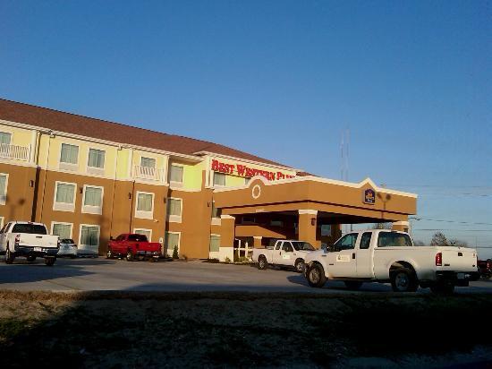 Best Western Plus Chalmette Hotel: Exterior