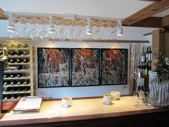 The Nutmeg : We shared a wonderful glass of wine here, great conversation with Wendy and enjoyed Geo's artwor