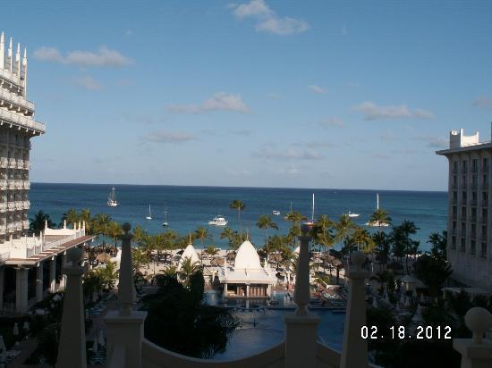 Hotel Riu Palace Aruba: Oceanview from 4th floor