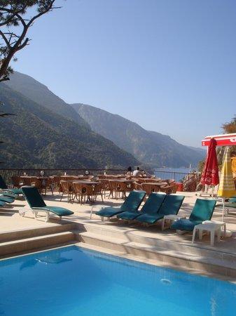 Belle Vue Butik Hotel: Mangifique vue depuis la terrasse