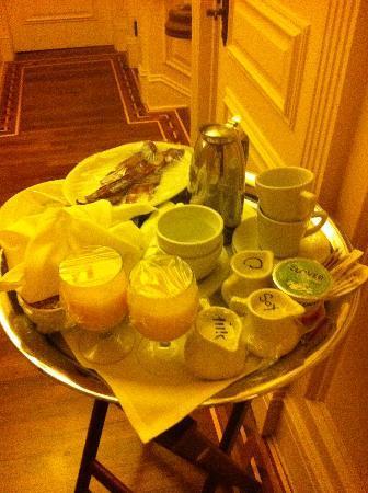 ليدسون هوتل: la colazione