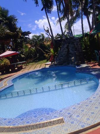 Angela's Farm: kinder pool area