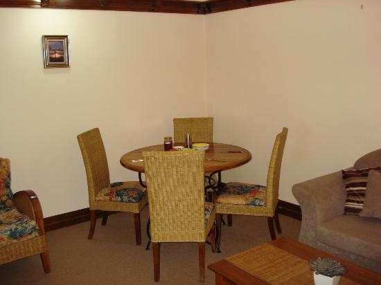 Dahrl Court : dining area