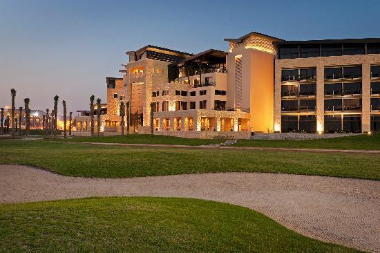 The Westin Abu Dhabi Golf Resort & Spa: Exterior