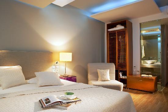 Kamari Beach Hotel: Double Superior