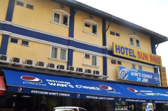 Sun Inns Lagoon : Hotel Exterior