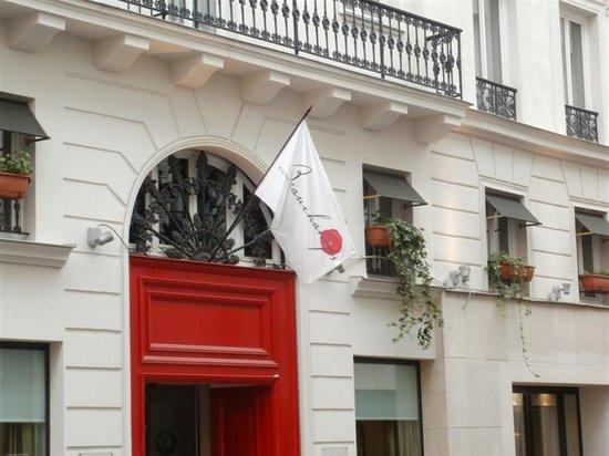 Hotel Beauchamps  Rue De Ponthieu  Paris France