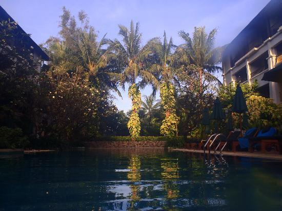 Banthai Beach Resort & Spa: POOL