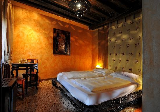Novecento Boutique Hotel : double room