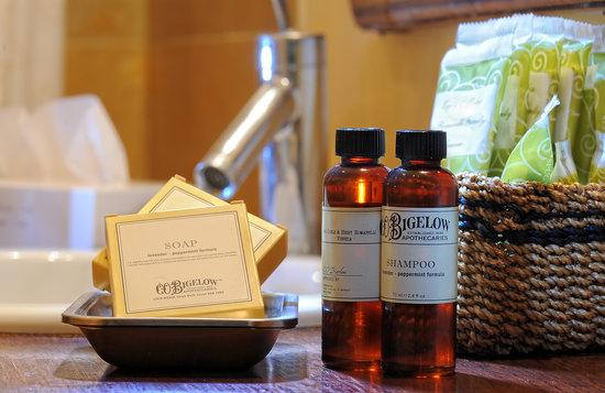 Novecento Boutique Hotel: bathroom amenities by Bigelow NY