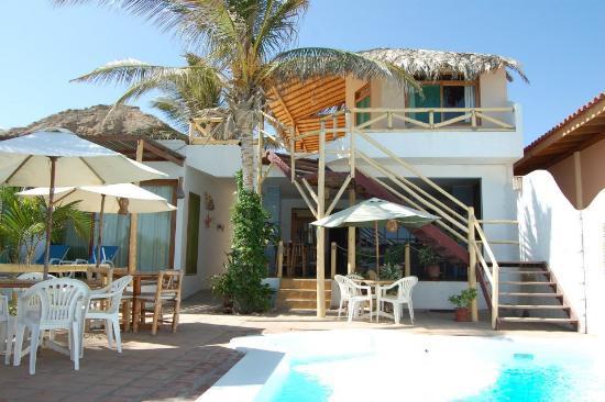 Claro de Luna Hotel: The Hotel