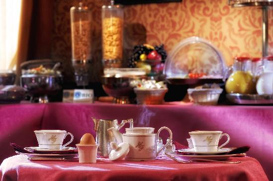 Hotel Flora: breakfast