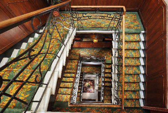 Hotel Flora: main stairs