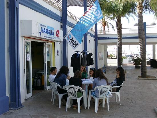 Bucea en Marbella: Clases de teoría