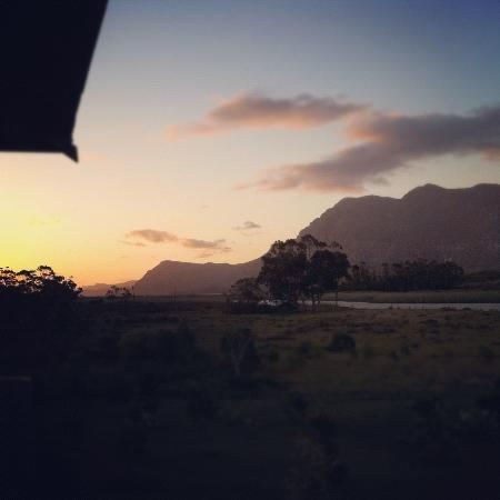 Stanford River Lodge: Another glorious sunset (from our porch)