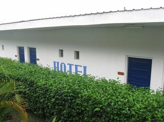 Hibiscus Hotel: Motel style hotel