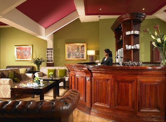 Horse & Jockey Hotel: Coffee Bar