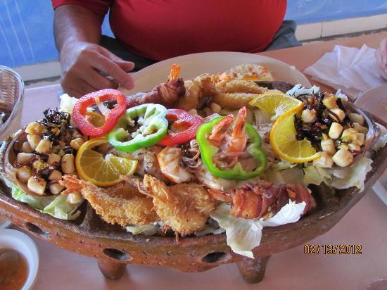 Mariscos Las Tres Islas: Seafood for two...wonderful