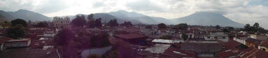 Posada La Merced Antigua: Panorámica desde la terraza