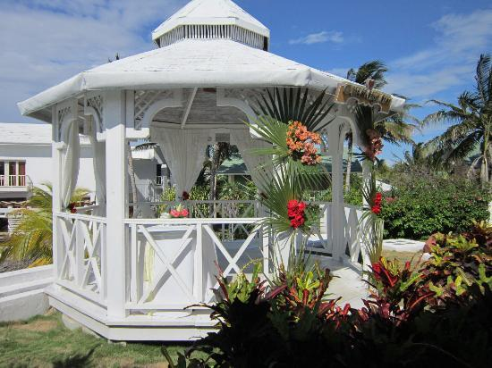 The Gazebo Decorated For The Wedding Picture Of Melia Cayo Coco