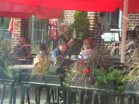 Le Grill Saint George's : Im Garten