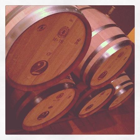 2 Lads Winery: 2 Lads Barrel Room
