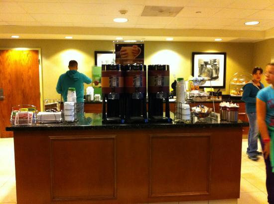 Hampton Inn Los Angeles / Orange County / Cypress: Breakfast area