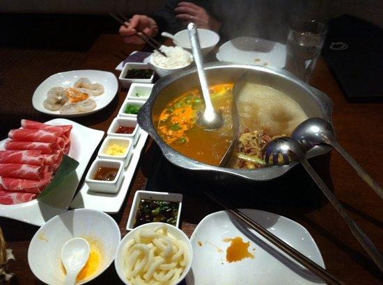 Photo of Chinese Restaurant The Q Restaurant at 660 Washington St, Boston, MA 02111, United States