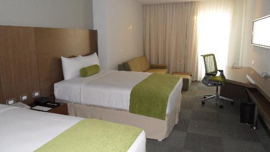 Biotel Suites: Zimmer 2