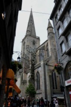 Saint-Vincent -- Saint-Malo : St Vincent Catherdral