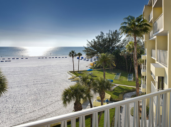 Alden Suites: View from Gulf front Balcony