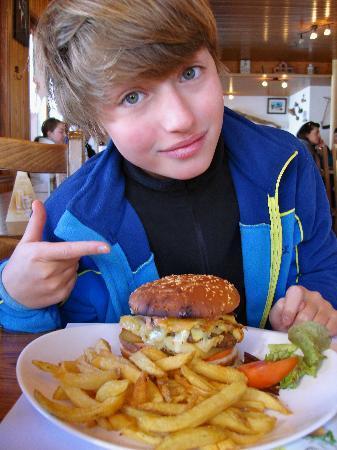 Chalet Neuf : le fameux burger savoyard !