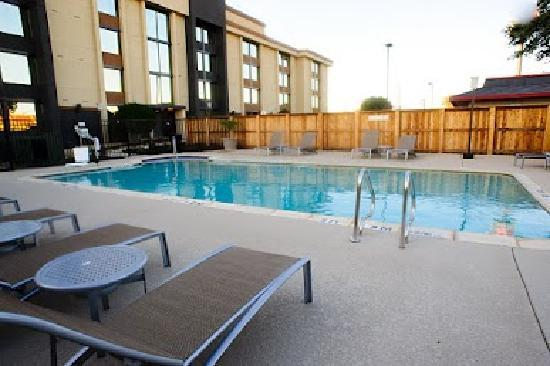 Fairfield Inn & Suites Dallas DFW Airport South/Irving: Outdoor Pool