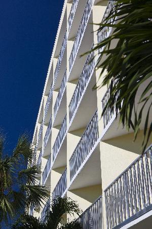 Alden Suites: Nassau Building