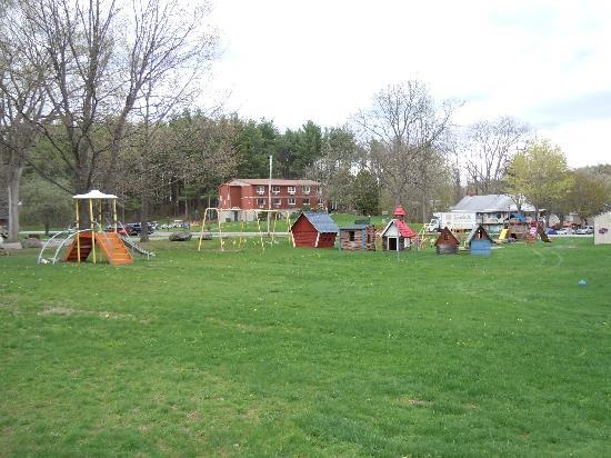 Blackthorne Resort: The playground area